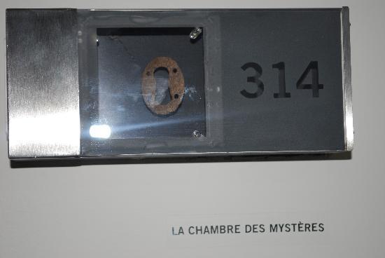 Auberge Saint-Antoine: Room Nametag