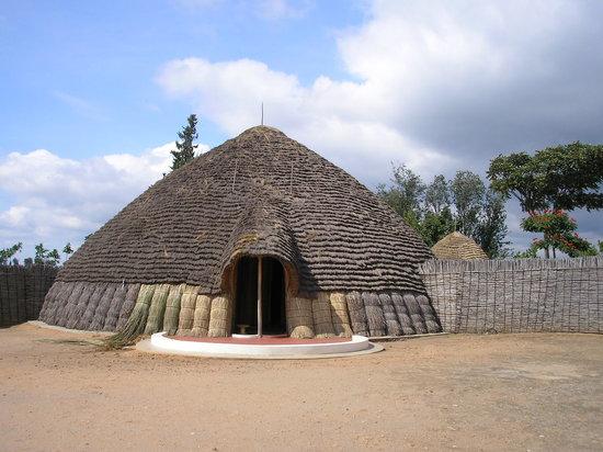 Butare, Ruanda: La hutte royale