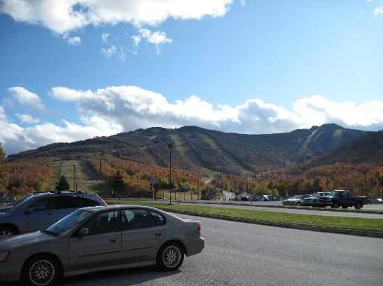 Mountain Green Ski & Golf Resort: Vermont fall foliage - brilliant, dramatic and ultimately breathtaking