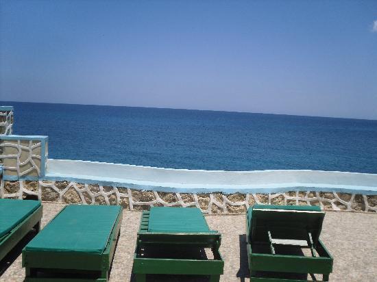 Blue Cave Castle: Our private romantic balcony over the sea