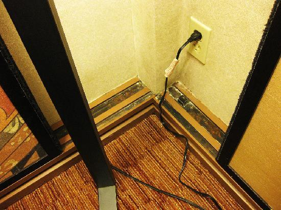 Hotel Kabuki, a Joie de Vivre hotel: corner room