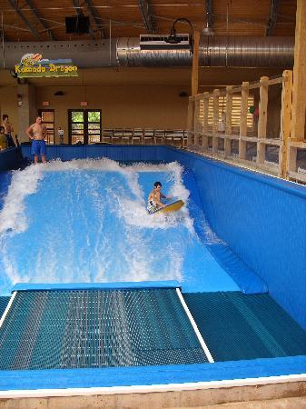 Split Rock Resort Indoor Waterpark: Indoor Flowrider!  It's great!!!