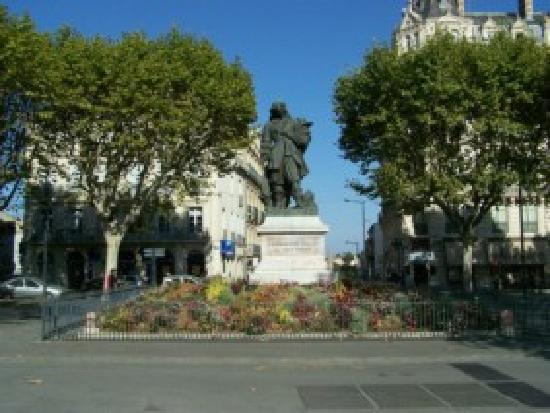 beziers france picture of beziers herault tripadvisor. Black Bedroom Furniture Sets. Home Design Ideas