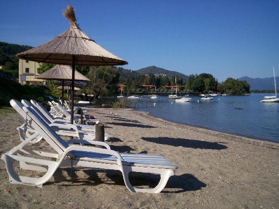 Hotel Villa Paradiso: Plage privée