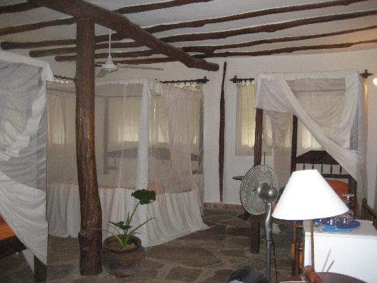 Diani Marine Divers Village: a huge and clean room
