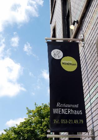 Purple 15: Restaurant Wienerhaus