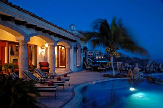 Pedregal de Cabo San Lucas : Night view