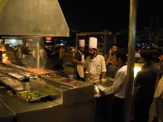 BBQ Tonight: Barbeque Tonight Karachi - super food