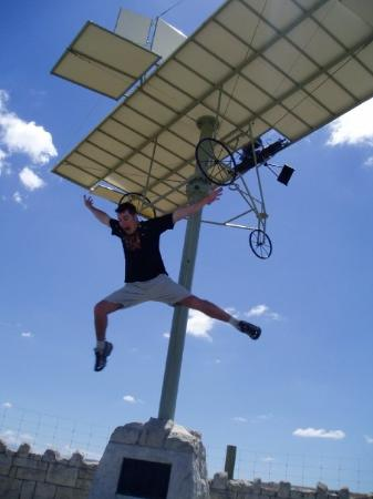 Timaru, New Zealand: Geoff can fly.