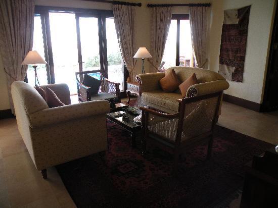 Al Maha, A Luxury Collection Desert Resort & Spa: Main Hall
