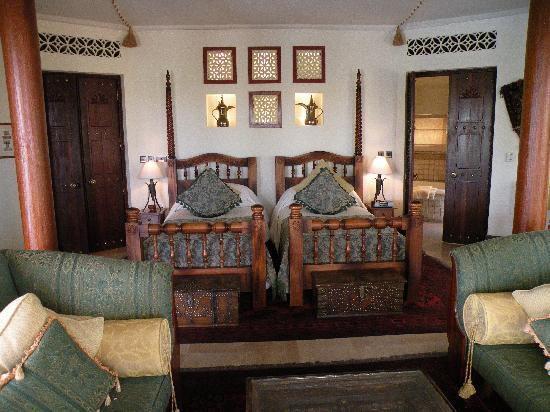 Al Maha, A Luxury Collection Desert Resort & Spa : Bedroom 2