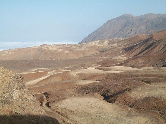 Porto Novo, Cape Verde: Des belles montagnes au tarrafal monte trigo santo antao
