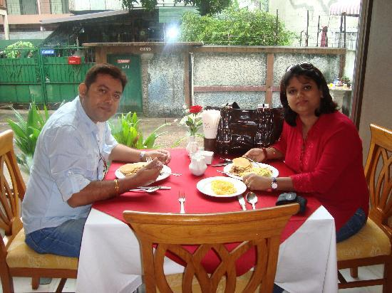 PJ Watergate Hotel : enjoying the breakfast ..with my husband ..monty