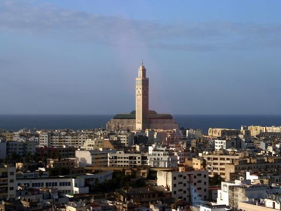 Idou Anfa Hotel : Vue sur la Grande Mosquée Hassan II de la galerie d'observation
