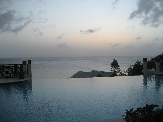 Calabash Cove Resort and Spa: View from the infinity pool