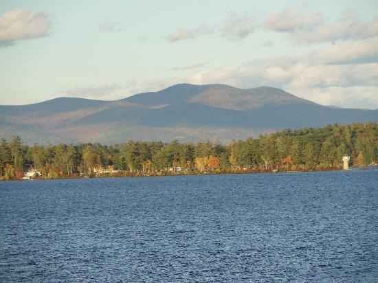 Winnipesaukee Scenic Railroad: view