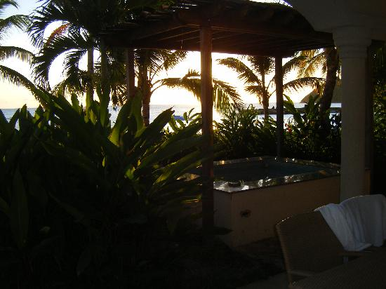 The Landings St. Lucia: private jacuzzi