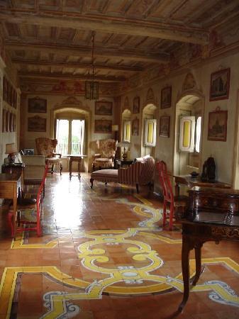 Castel del Piano, Italia: Second floor apartment, main living area