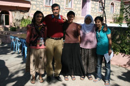 Karadut, تركيا: Good Friends