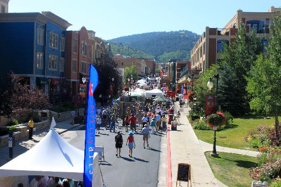 Skiers Lodge : Park City main street