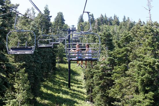 Skiers Lodge: riding the chairlift up, don't miss it!  Great pictures at the top.  Hike around a little.