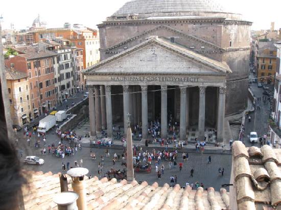 Albergo del Sole Al Pantheon: view from our room!