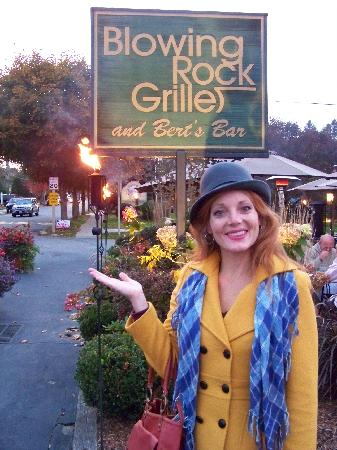 Blowing Rock Grille : Nice outdoor dining - redhead not included