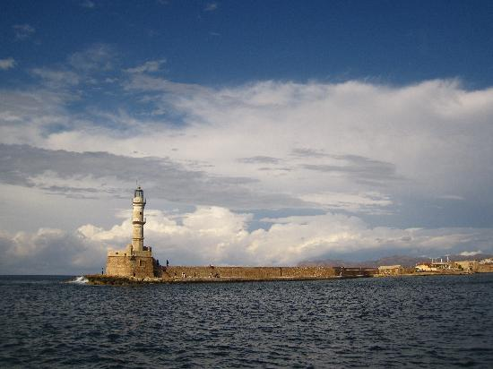 Folia Apartments: Chania old harbour lighthouse