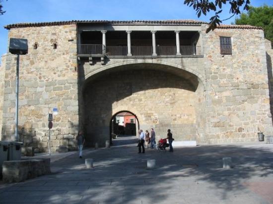 Torre n de los guzmanes picture of avila province of avila tripadvisor - Hotel puerta de la santa avila ...