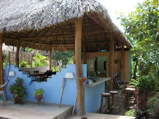 Empalme a Las Playas: the bar