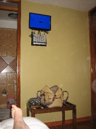 """Inti Punku : TV - 17"""" monitor - didn't work"""