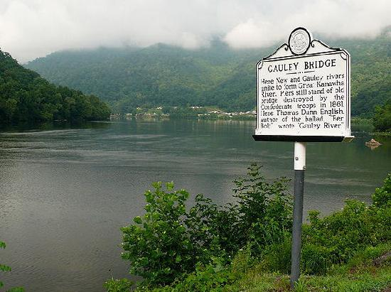 Midland Trail National Scenic Byway : Gauley Bridge