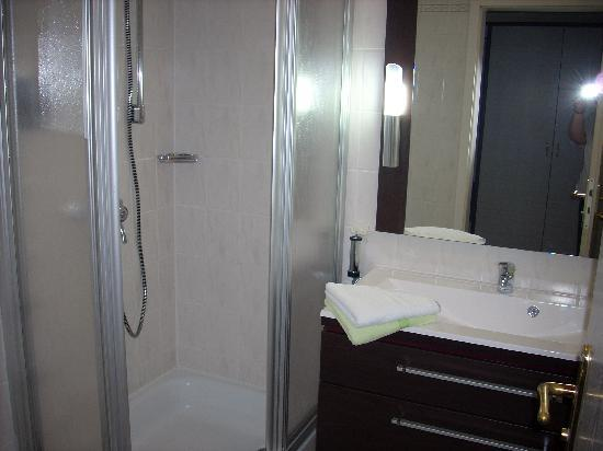 Hotel Rhöner Land: The bathroom