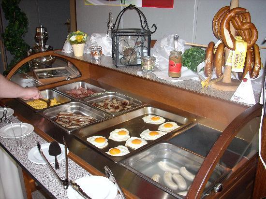 Hotel Rhöner Land: Great breakfast