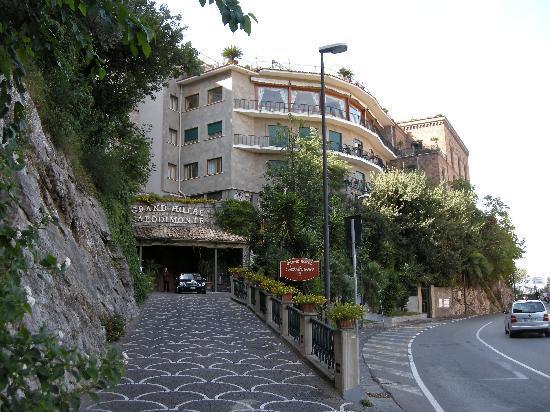 Grand Hotel Capodimonte Reviews