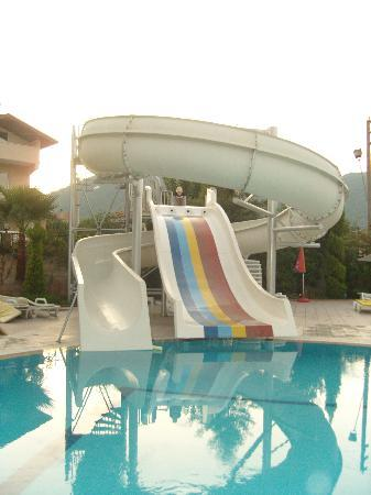 superb slide for the kids........and adults 2!