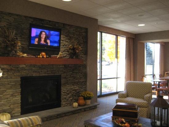 Hampton Inn Sayre: lobby photo #1
