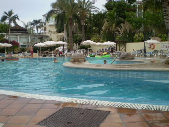 Gran Oasis Resort: piscina