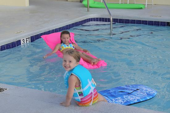 Miramar, Floride : The kids loved the pool