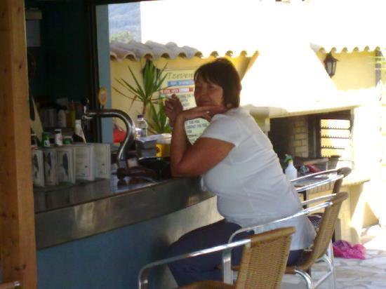 Tzevenos Apartments: The Bar's GREAT