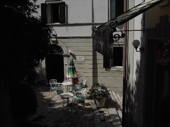 Hotel Terme San Filippo: gli esterni dell'albergo