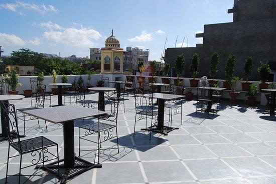 Krishna Palace: rooftop