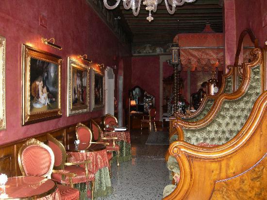Al Ponte Antico Hotel: Bar/Breakfast Area