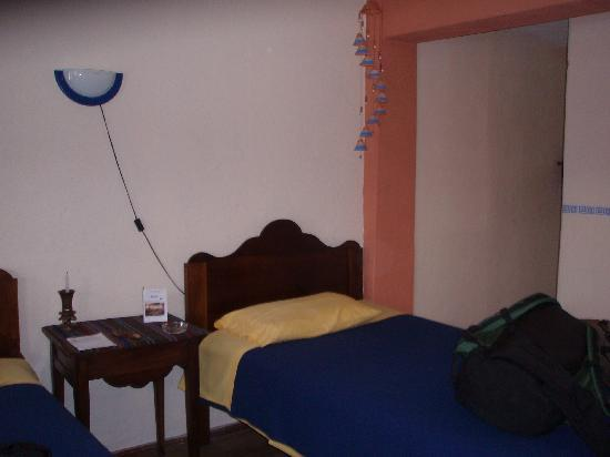 Hostal Dona Esther: Our room was very comfortable and tasteful.