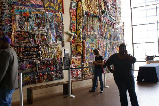 National Underground Railroad Freedom Center: Listening to audio tour