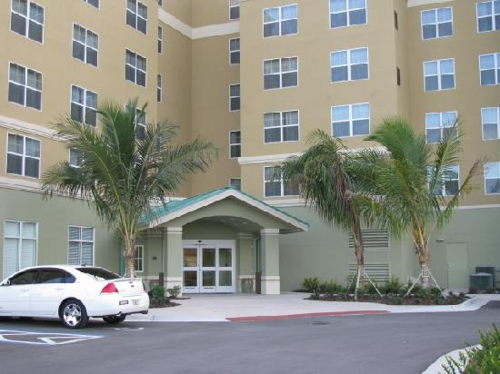 front of hotel entrance picture of residence inn fort myers rh tripadvisor com