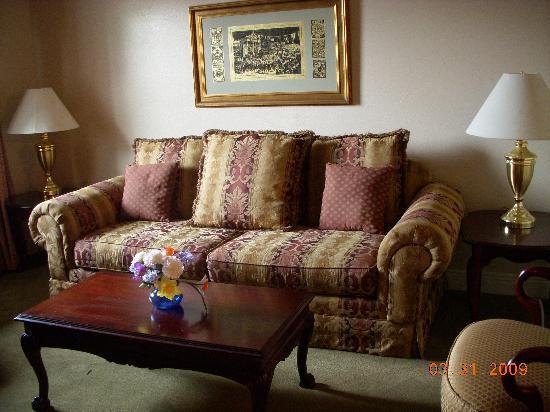 restful living room picture of french quarter suites hotel new rh tripadvisor com