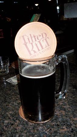Tilted Kilt Pub and Eatery: 'large' beer not sure size