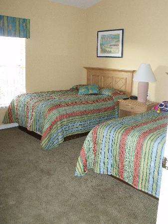 Liki Tiki Village: Kids bedroom with two double beds