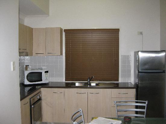Gold Coast Holiday Park & Motel : Kitchen